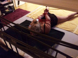 Andrea-massage-geneve-mature-bondage