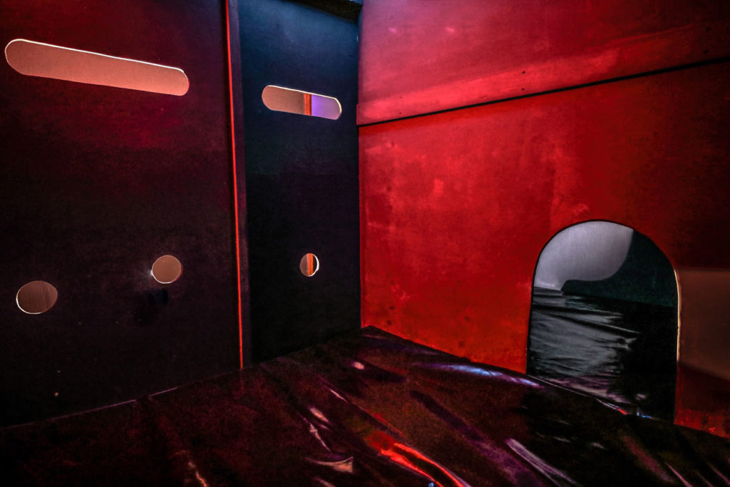 Glory-Hole-en-Suisse-Clubs-libertins
