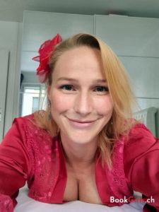 Elise C est une escort girl de Geneve gare cornavin