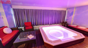 Venusia-Geneve-salon-massage-escorts-023