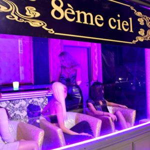 8-eme-ciel-geneve-salon-erotique-paquis-hotesses-011