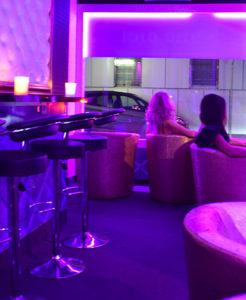 8-eme-ciel-geneve-salon-erotique-paquis-hotesses-027