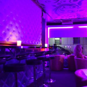 8-eme-ciel-geneve-salon-erotique-paquis-hotesses-09